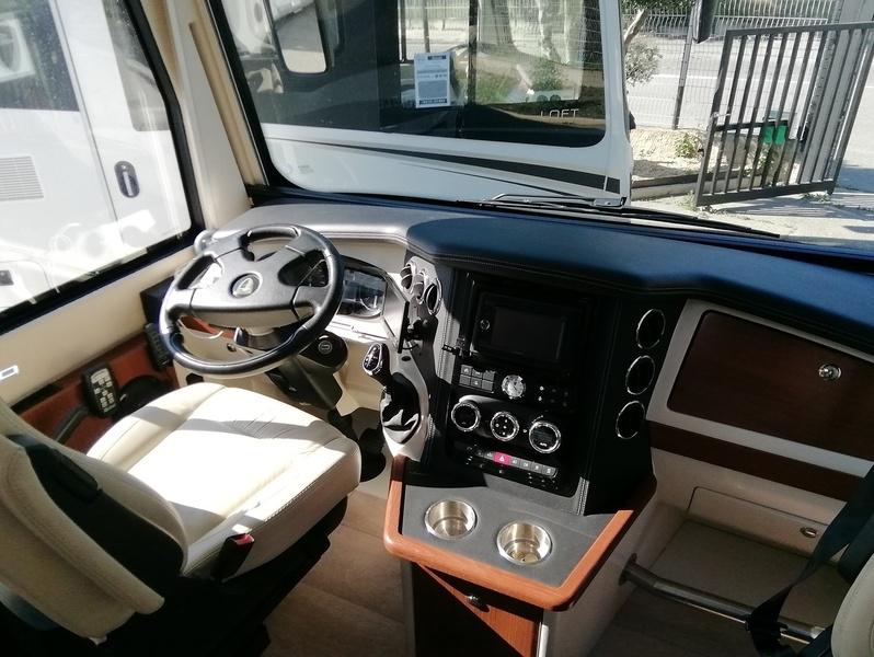 Camping car Morelo Loft 87 MB Iveco 3L  210 CV Boite auto