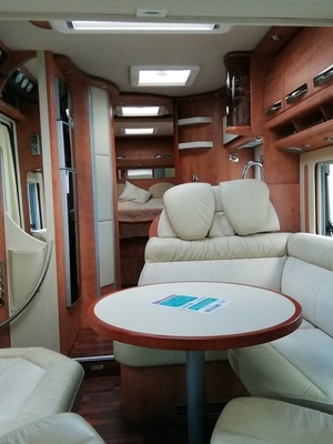 Camping car Intégral Lit central  Carthago E Line 51 QB-XL.       Double Essieux 3L 180 CV