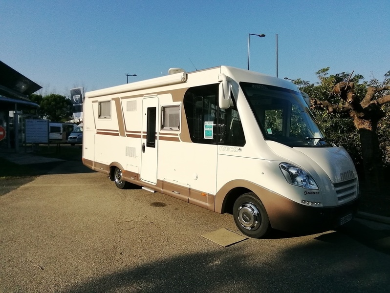 Camping car Notin Calgary Cf   Iveco Boite auto 3L 210 CV